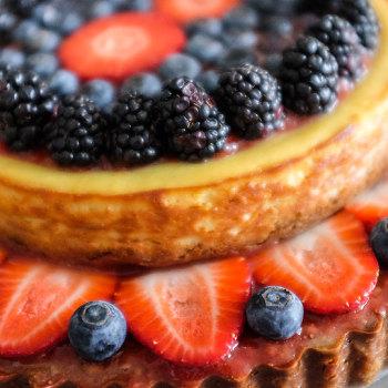 Ovocný narozeninový cheesecake