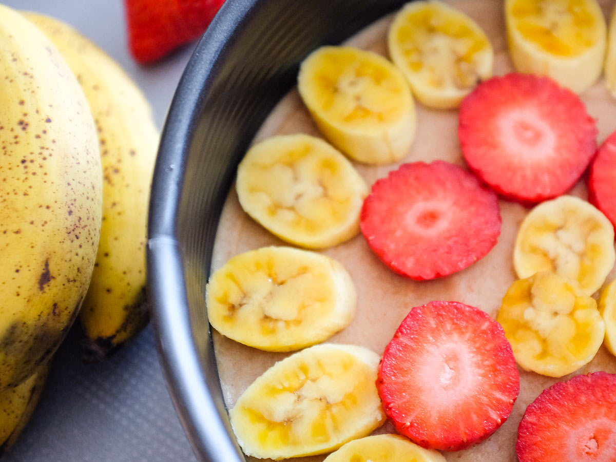 Jahodovo-banánový raw dort