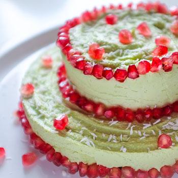 Raw cheesecake zavokáda agranátového jablka