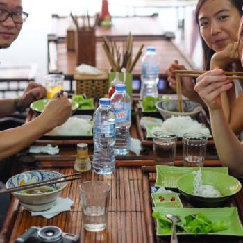 Bun Cha v Hanoi