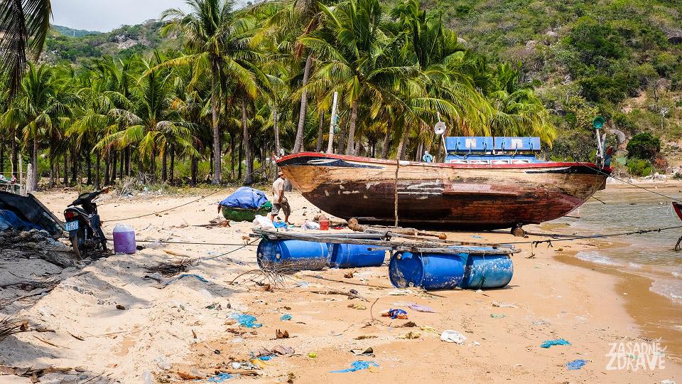Bordýlek na pláži