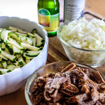 Mise en place - cuketovo-fíková salsa