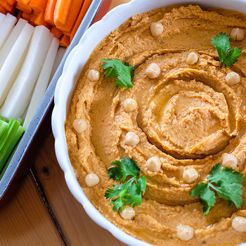 Hummus se sušenými rajčaty
