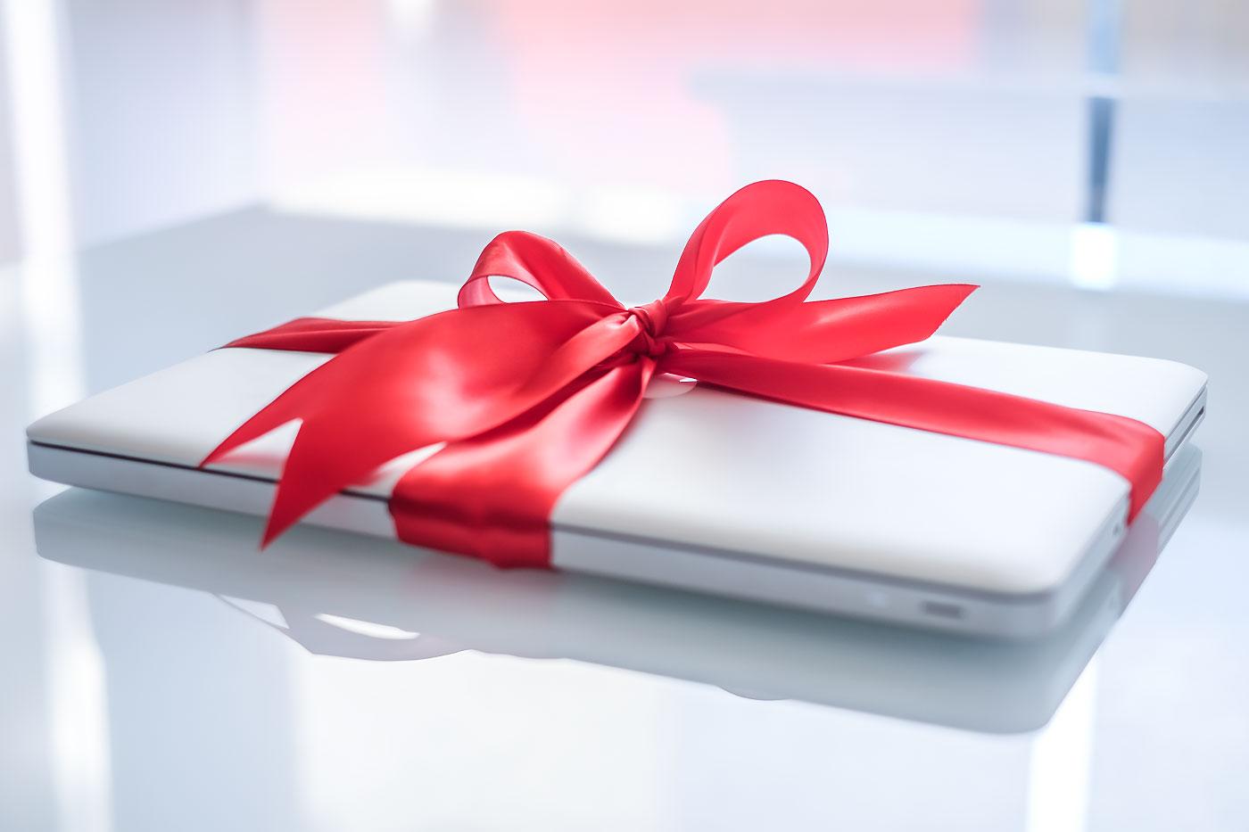 Už jsou mi dva amám pro vás dárek!