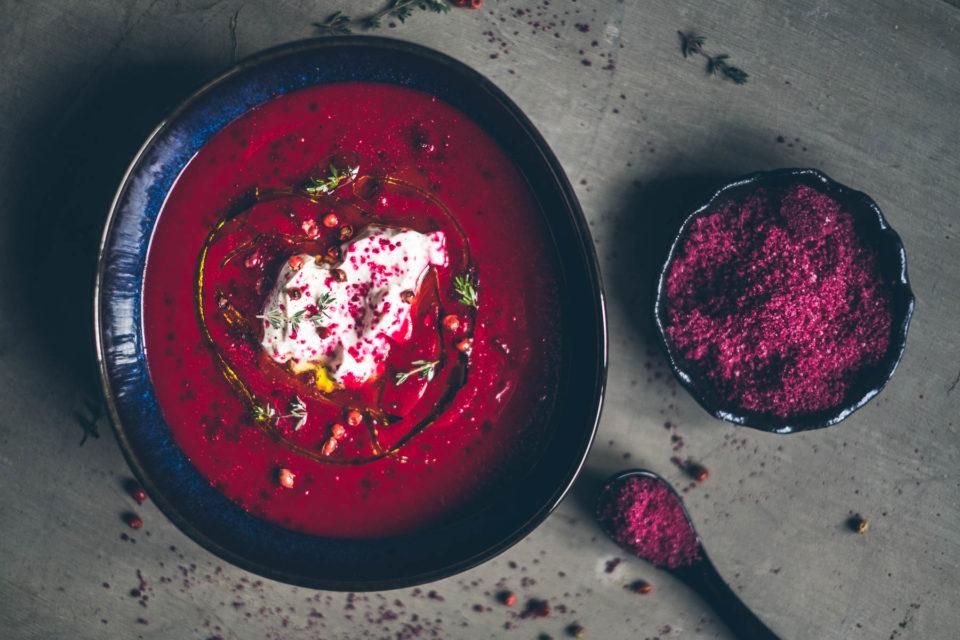 Krémová polévka zčervené řepy