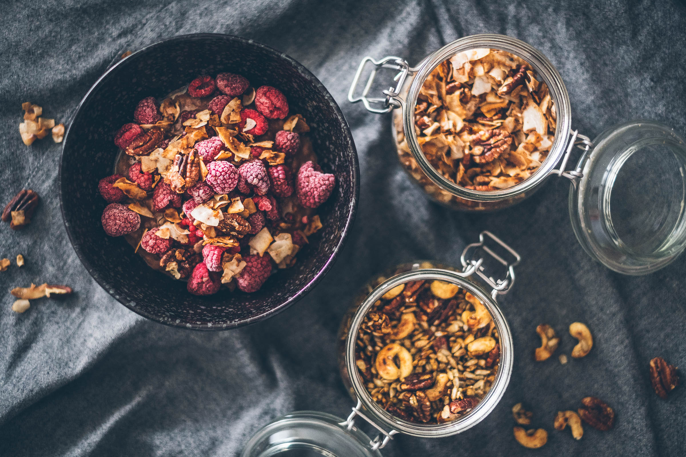 "Oříškovo-semínková ""granola"" na sladko ina slano"