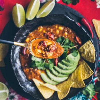 Mexická polévka Sopa Azteca con Nachos