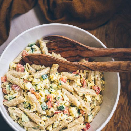 Zeleninový těstovinový salát sesýrem cottage